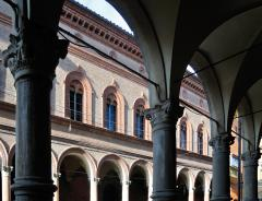 Foto di Via Galliera di Gianni Castellani
