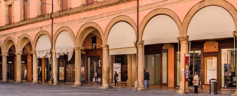 Portici commerciali del Pavaglione e Piazza Maggiore