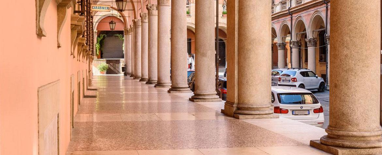 Portici di via Galliera